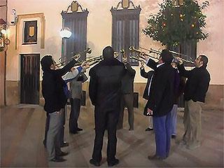 foto trompeteros expiración