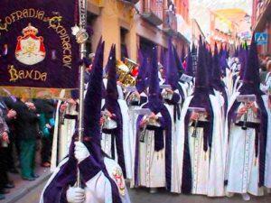 La Banda de Cabecera también permanece anclada a la Esperanza.